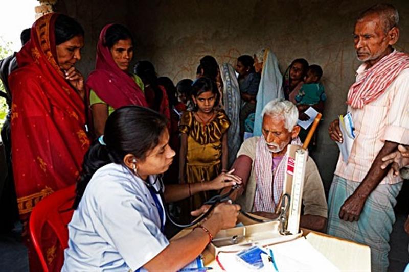 স্বাস্থ্য বীমার আওতায় ভারতের ৫৬% নাগরিক